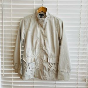 Tommy Hilfiger Cream Jacket Gold detail